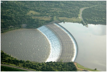 Lake Texoma spillway at Denison Dam (Photo source: http://www.city-data.com/city/Denison-Texas.html)