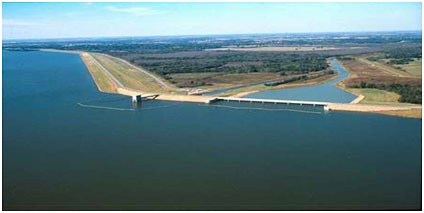 Jim Chapman Lake and Cooper Dam (Photo source: http://www.swf-wc.usace.army.mil/cooper/)